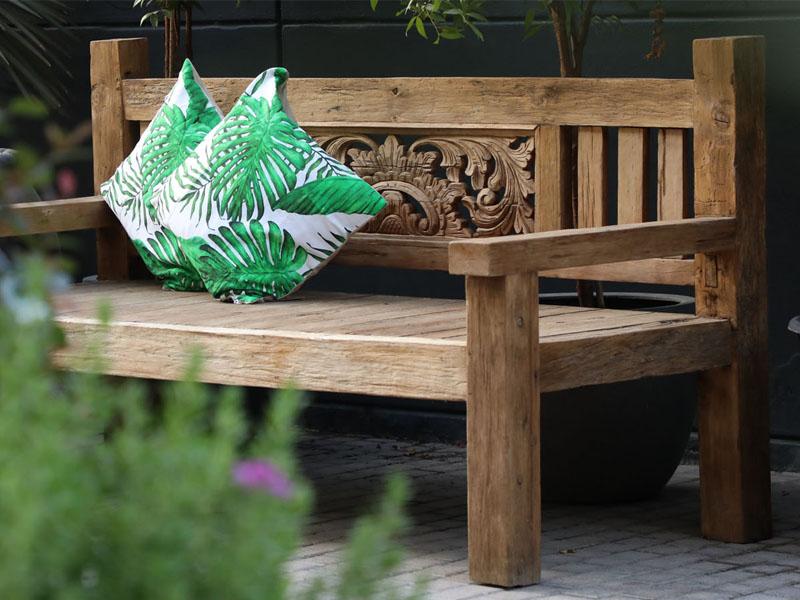 Ready made and custom made furniture in Dubai Garden Centre