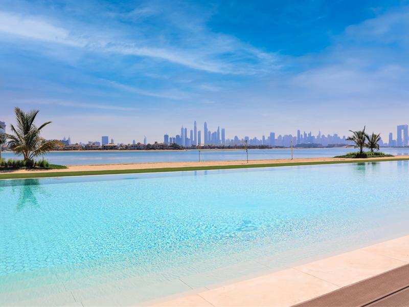 th8-palm-jumeirah-pool-3